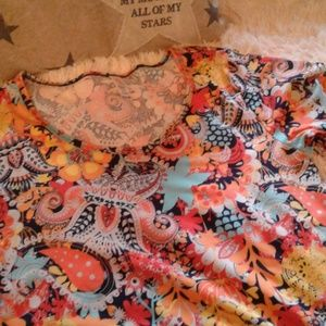 LuLaRoe Tops - ❤💛💙GORGEOUS SPRING READY PERFECT T.💙💛❤